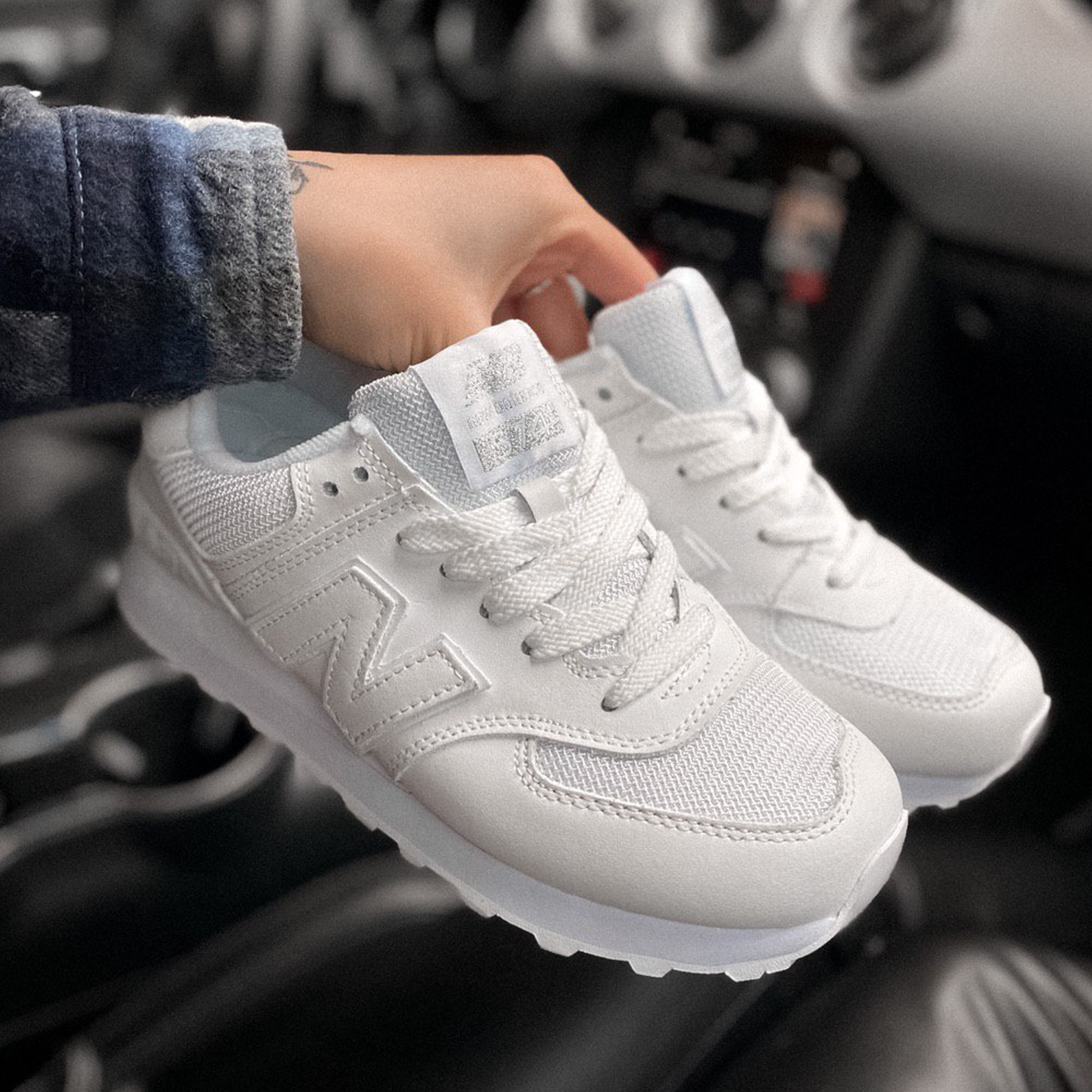 Женские кроссовки New Balance 574 leather textile white